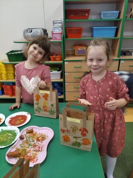 Papierowe torebki na warzywa - czyli zdrowo i ekologicznie. Zdobiliśmy je piecz
