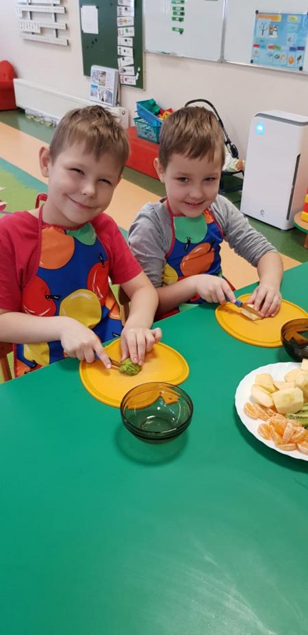 Samodzielność w przygotowaniu posiłków i kultura ich spożywania - zaliczone