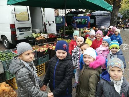 Wyjście na ryneczek owocowo-warzywny
