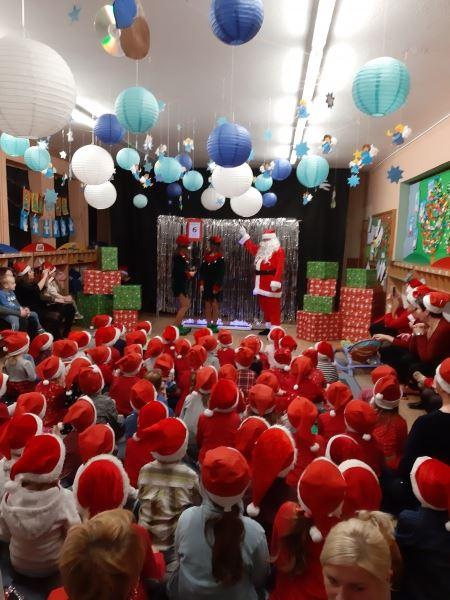 A Mikołaj pędzi...