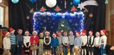 Przegląd piosenki świątecznej. Nasza nieustraszona piątka. Gościnnie śpiew